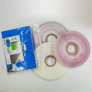 Samolepicí páska na lepení poly tašky